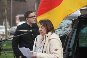 © Redaktion Kein Veedel für Rassismus - Christopher von Mengersen (Pro NRW) und Ariane Meise (NPD) am 13.04.15 bei Dügida.