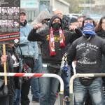 © Redaktion Kein Veedel für Rassismus - Fotoinfo: vermummte Nazi-Hooligans