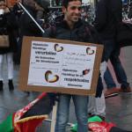 © Redaktion Kein Veedel für Rassismus - Fotoinfo: Syrische Flüchtlinge sagen Nein zu den Übergriffen von Köln!