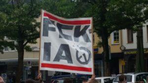 """© Redaktion Kein Veedel für Rassismus - Fotoinfo: Protest gegen die extrem Rechte Gruppierung """"Identitäre Aktion"""""""